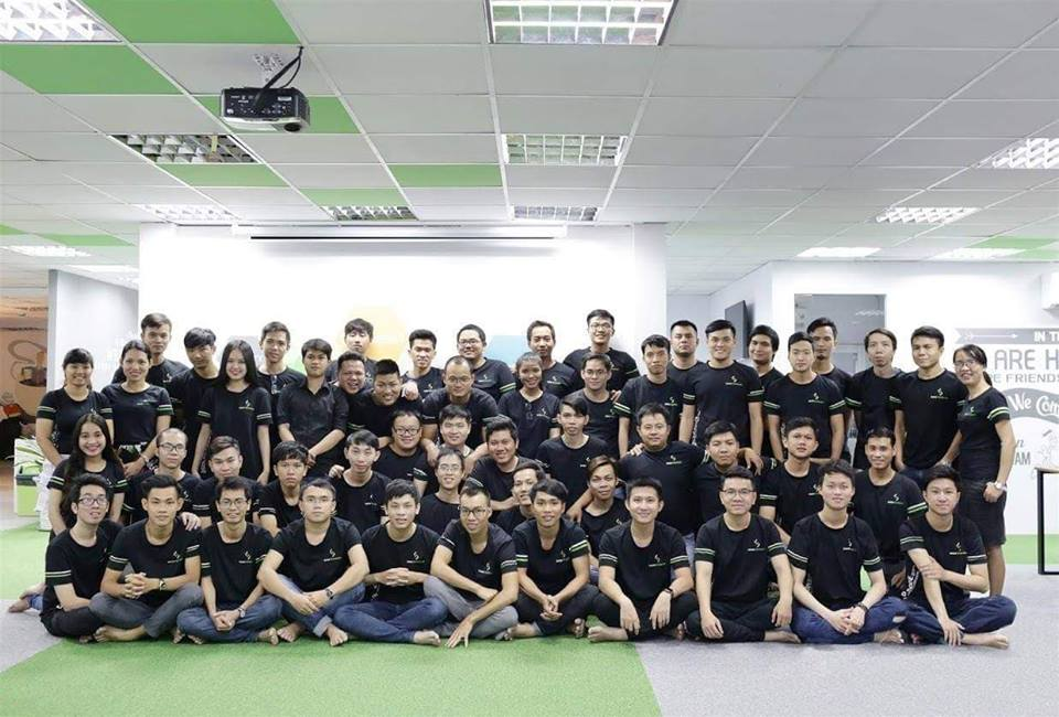 Áo thun đồng phục có cổ cao cấp tại quận Phú Nhuận