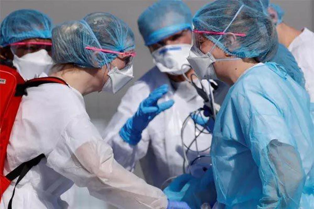 May đồng phục bảo hộ y tế uy tín