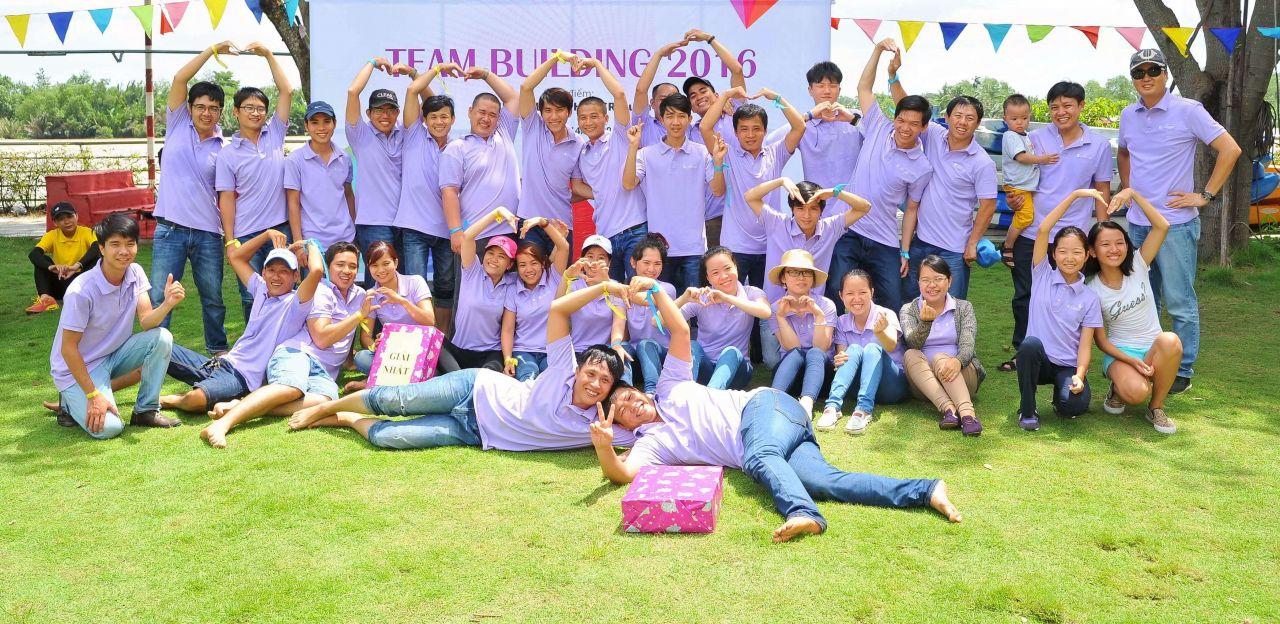 Áo thun đồng phục có cổ cao cấp tại Tân Phú