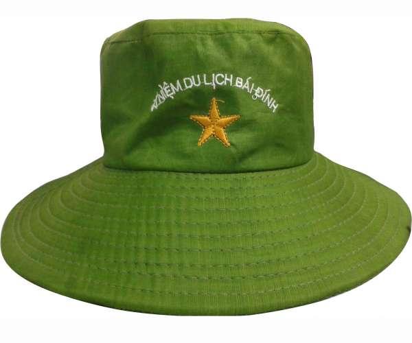 Mẫu nón tai bèo quà tặng du lịch màu xanh lá thêu logo