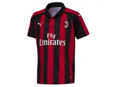 Mẫu áo thun thể thao tay ngắn cổ trụ phối màu đỏ đen