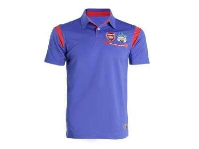 Mẫu áo thun thể thao tay ngắn cổ trụ màu xanh dương có viền đỏ đô